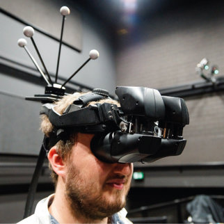 Virtual Reality: Equipment